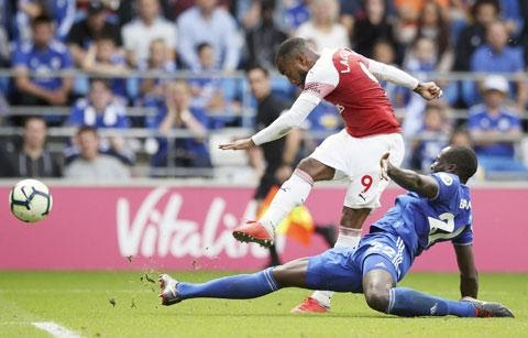 Arsenal rất cần chiến thắng trước Burnley
