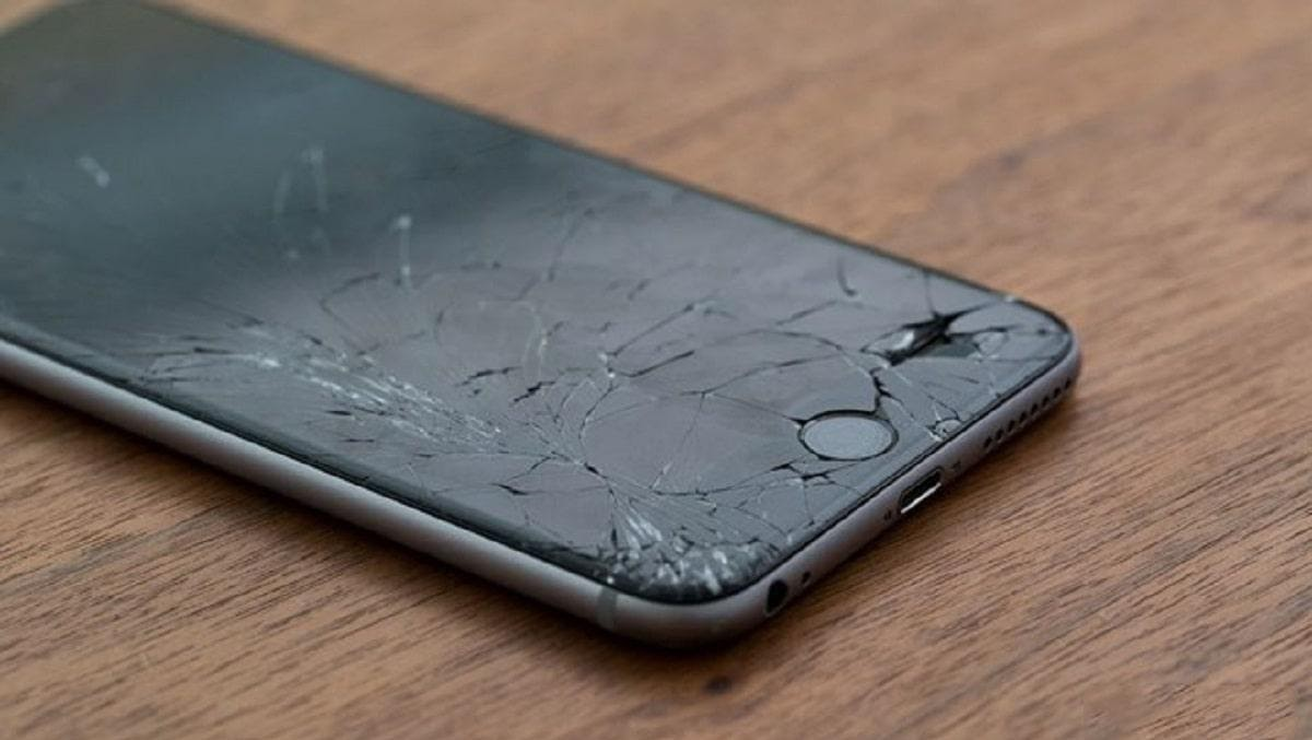 Màn hình Iphone 7 bị vỡ nặng